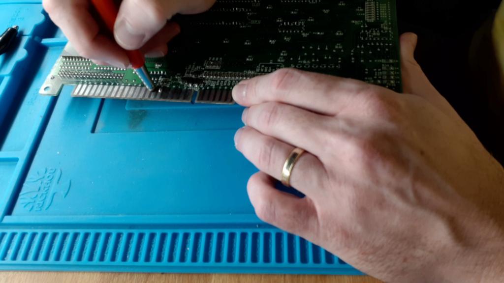 [WIP 100%] Réparation d'un slot MV-1FS en erreur Z80 - Un autre! 08_on_10