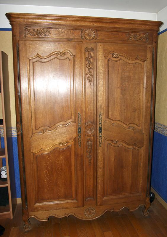 Une armoire Armoir10