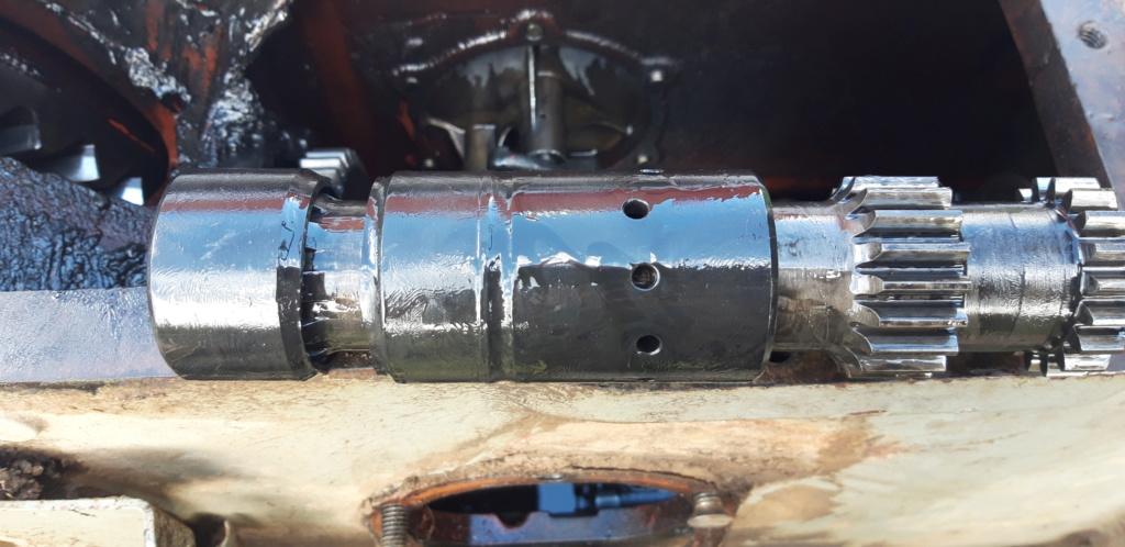 [MF 147 Ebro]  Tractor se paró, embrague nuevo... Fusibl11