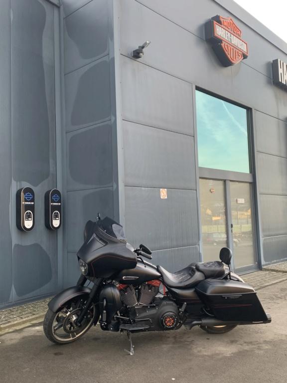 combien de STREET GLIDE  sur le forum Passion-Harley - Page 14 E792f210