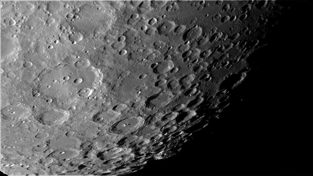 quelques morceaux de lune Moon_012