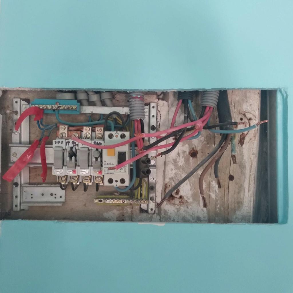 changement tableau électrique secondaire 410