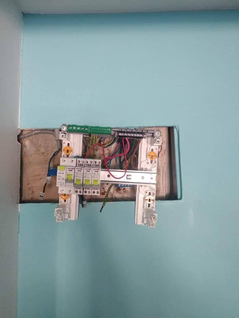 changement tableau électrique secondaire 610