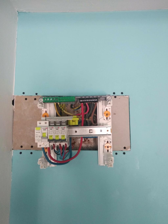 changement tableau électrique secondaire 810