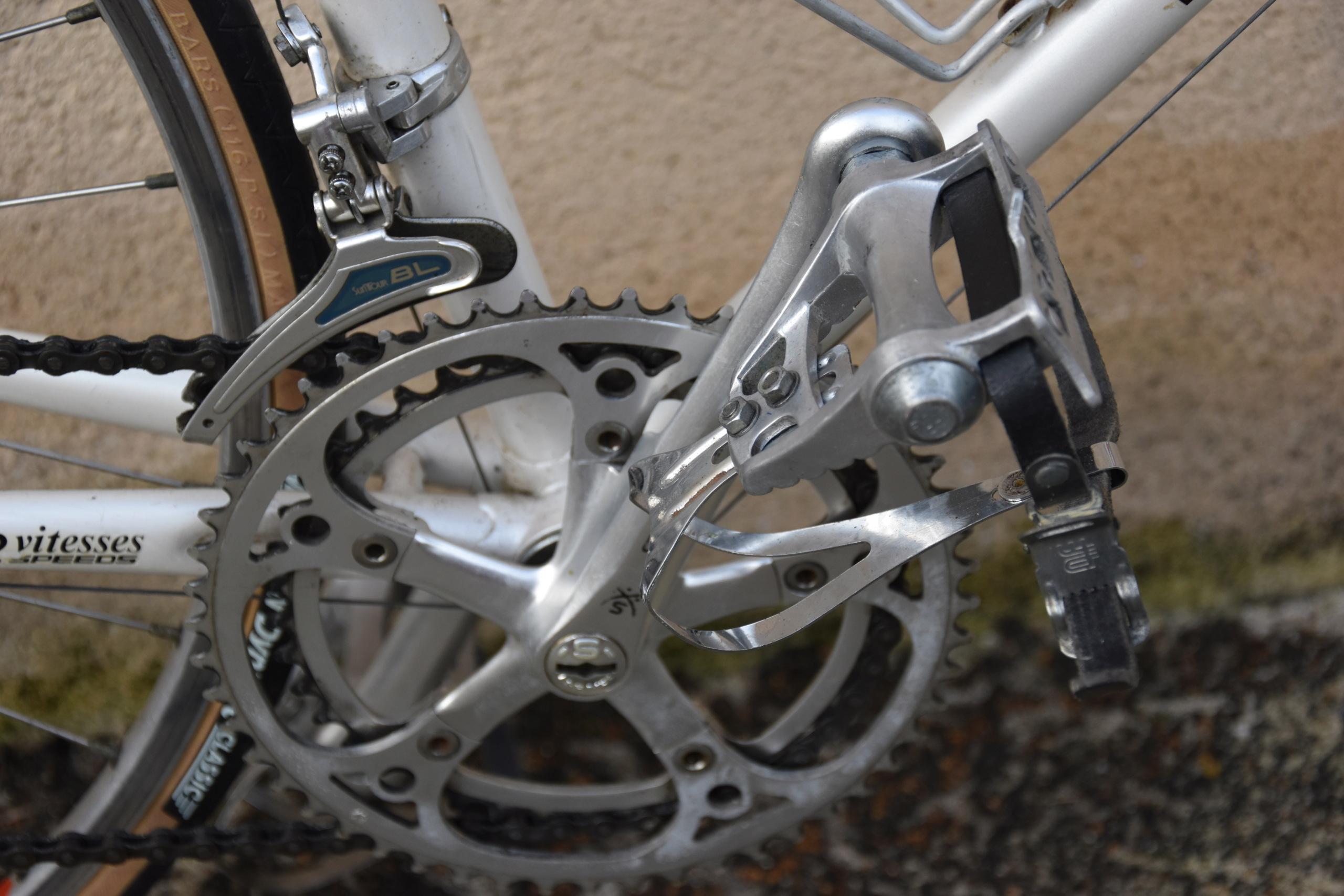 Peugeot aux yeux bridés  Dsc_0115