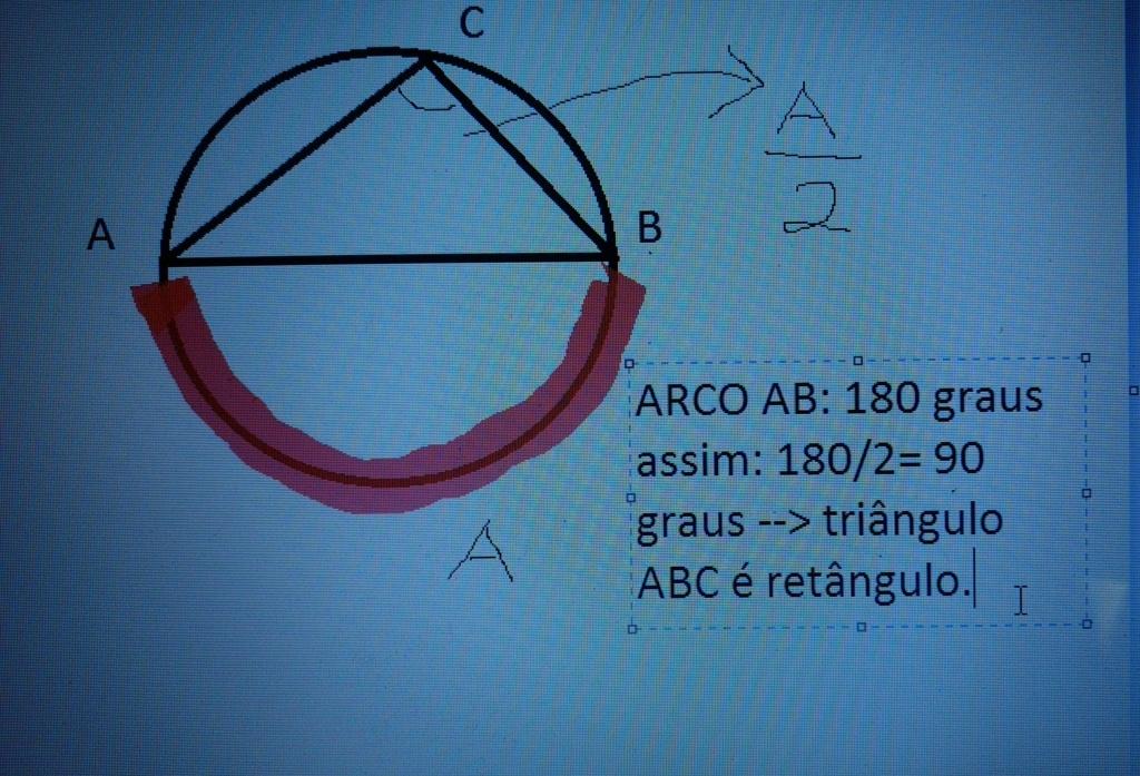 triangulo inscrito na circunferência Img_2010