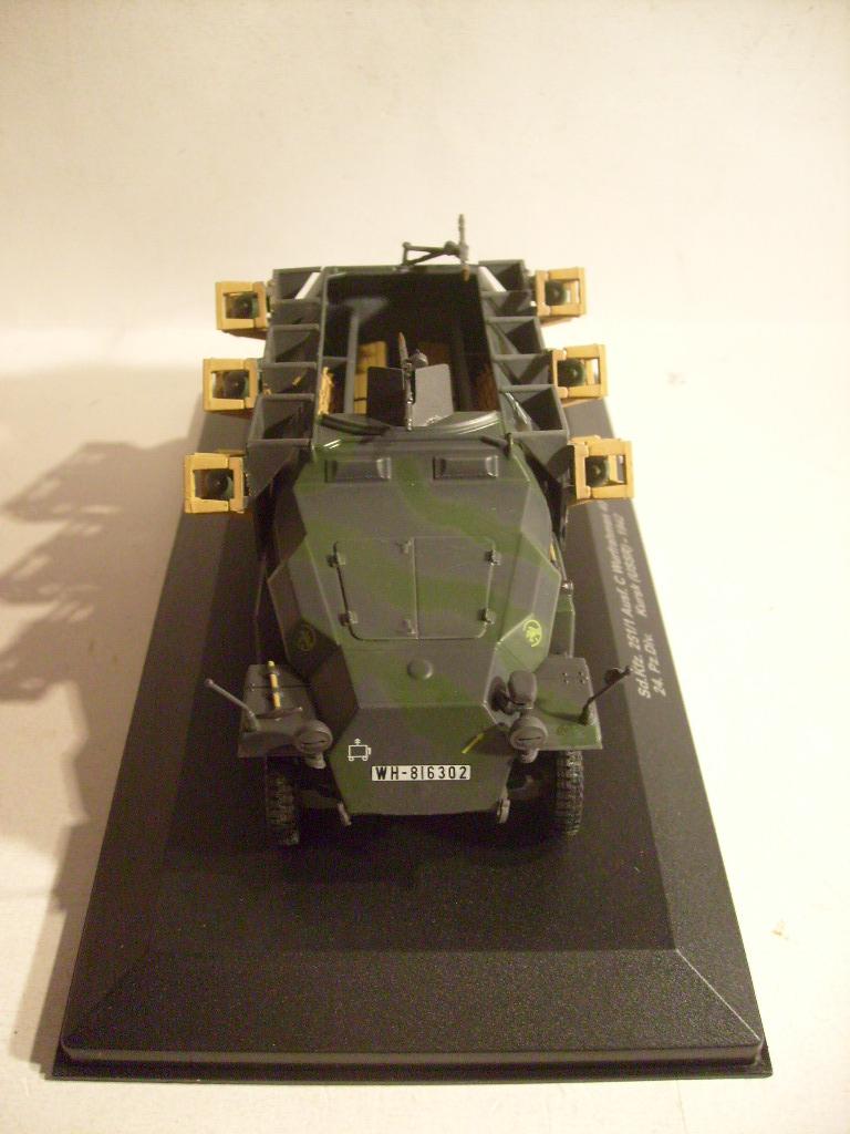 """retour de la serie """"véhicules militaires de la WWII au 43 eme"""" par Eaglemoss S7304415"""