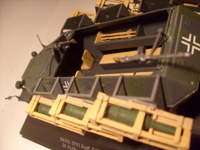 """retour de la serie """"véhicules militaires de la WWII au 43 eme"""" par Eaglemoss S7304418"""