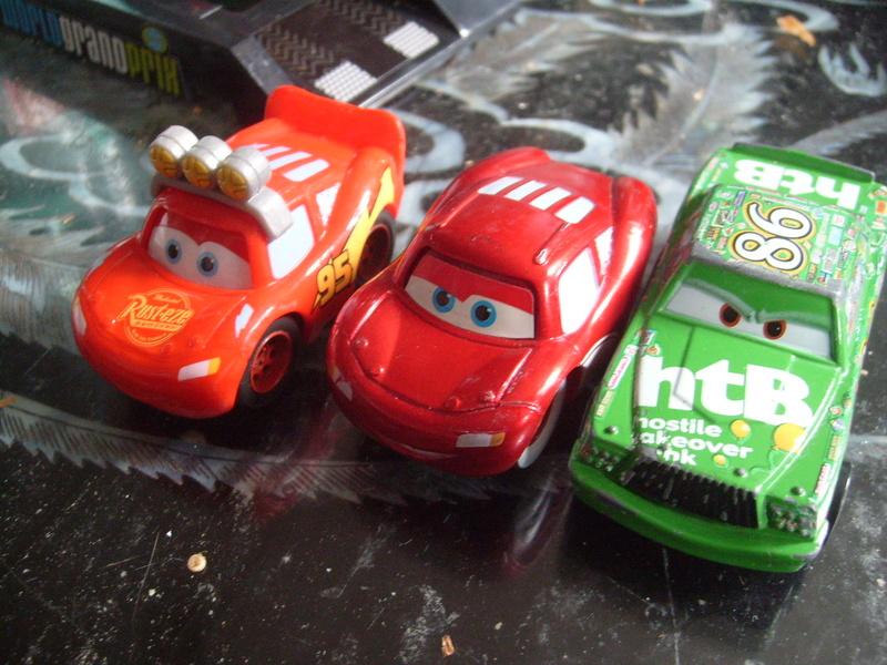 mes autres Cars 1 , 2 , 3 et Planes !!! toutes marques et matieres - Page 16 S7308456