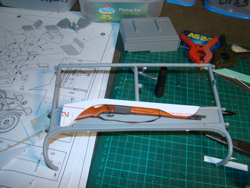 JEEP DRAGON au 1/6  version Jeep Armée du 5 RC en Indochine - Page 3 Jeep_a66