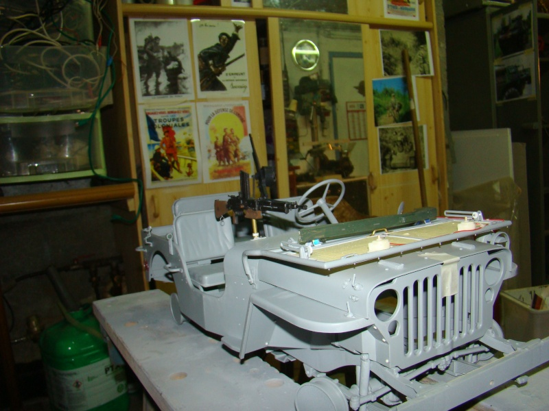 JEEP DRAGON au 1/6  version Jeep Armée du 5 RC en Indochine - Page 3 Jeep_a86