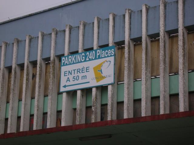 LES DERNIÈRES HEURES DU PARKING DE LA CRIÉE DE CONCARNEAU 06_02_11
