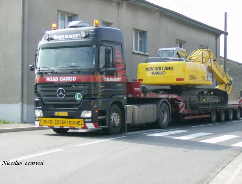 Transports Mammoet (NL) Hpim5221