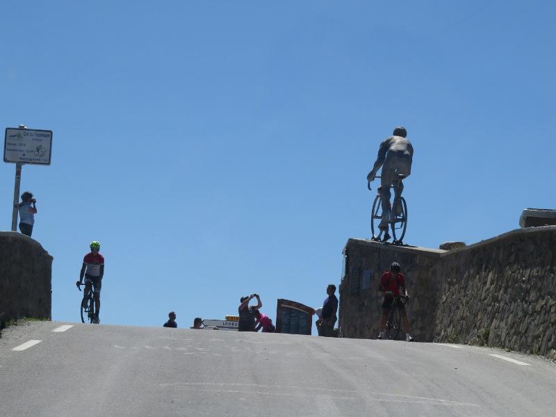 Yocco et Anook dans les Hautes-Pyrénées 58_col10