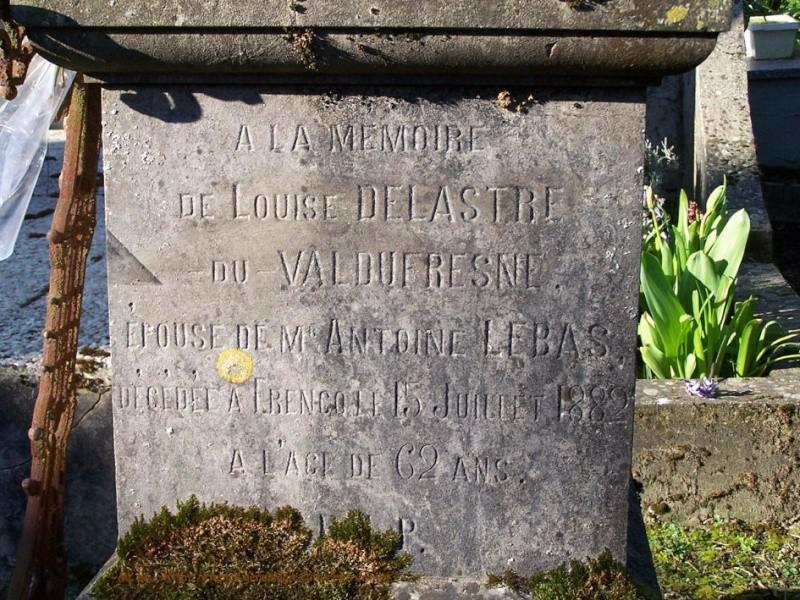 Tombe DE LASTRE DU VAL DE FRESNE Louise (1820-1882) Du_val10