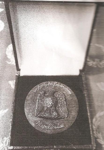 La médaille des APN est parue Medail11