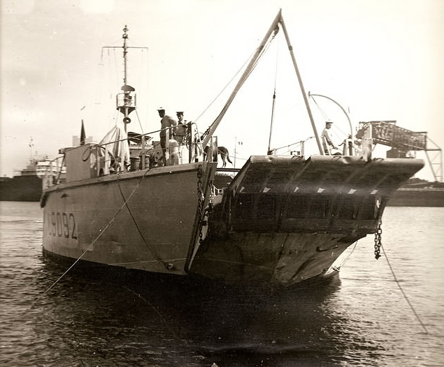 [ Afrique du Nord ] Marine Bône... Bone_310