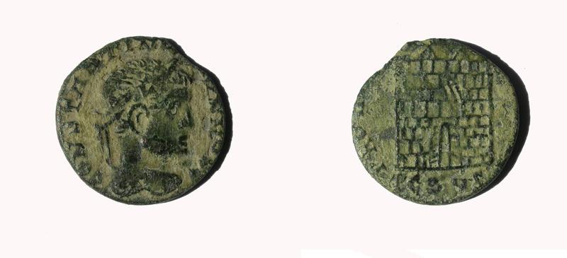 AE3 de Constantino II. PROVIDENTIAE CAESS. Arlés 1a13