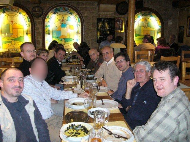 Dîners et déjeuners parisiens du Bromptonforum (2008 et 2010) saisons 3 et 5 •Bƒ   - Page 6 Sacree10