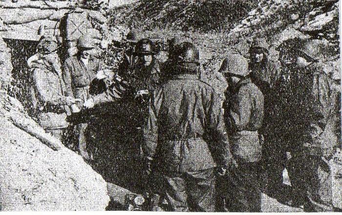 [Opérations de guerre] GUERRE DE CORÉE - Tome 1 - Page 11 Img10910