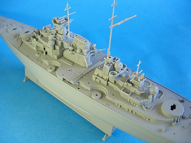 Tirpitz (dragon 1/700) Roland11