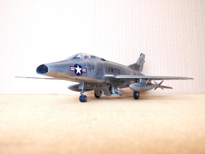 North American F-100A, première série. F-100a10