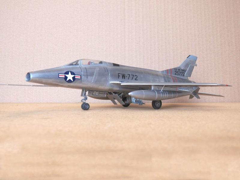 North American F-100A, première série. F-100a12