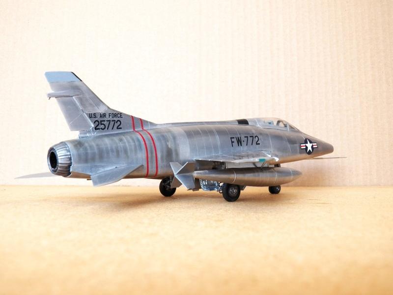 North American F-100A, première série. F-100a13