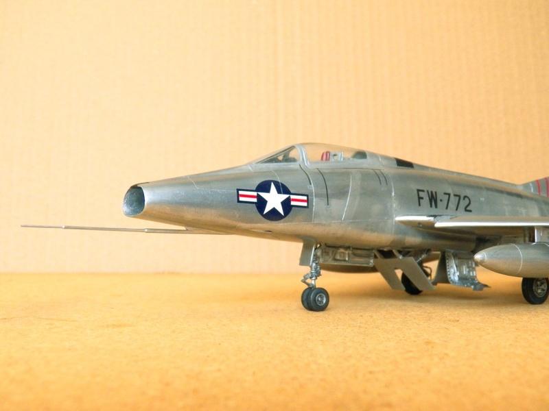 North American F-100A, première série. F-100a18