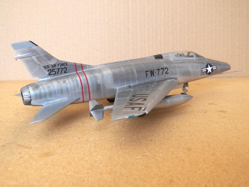 North American F-100A, première série. F-100a19