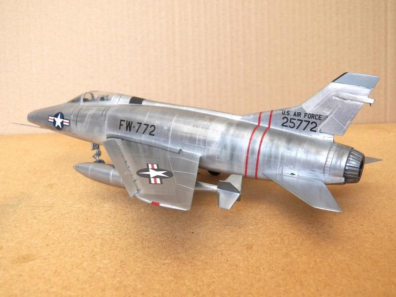 North American F-100A, première série. F-100a23
