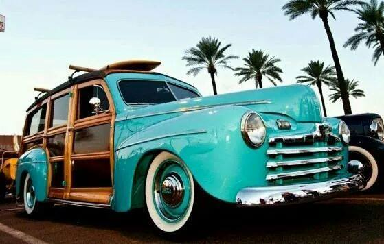 Les Woody's Surf car 10806210