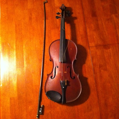 W. Wilkanowski  & gretsch.(Violin and guitar) Kgrhqz14