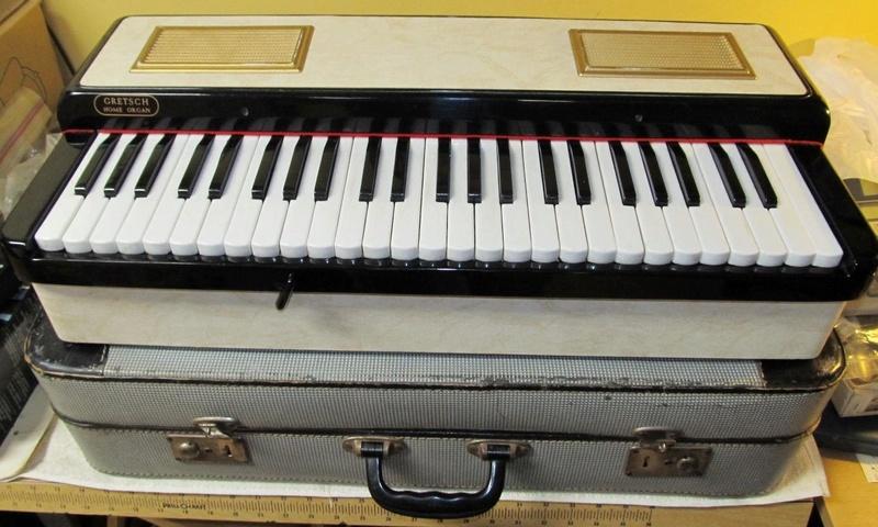 Gretsch & Baldwin ( Orgue / Clavier / synthé etc...) S-l16024