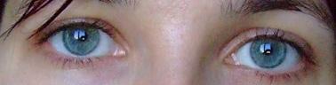 vos yeux! ( attention âmes sensibles: oeil en gros plan ^^) Yeux0110