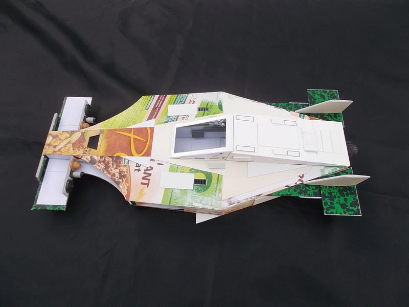 SHELBY ANTIGRAV IONIC RACER Dscn6513