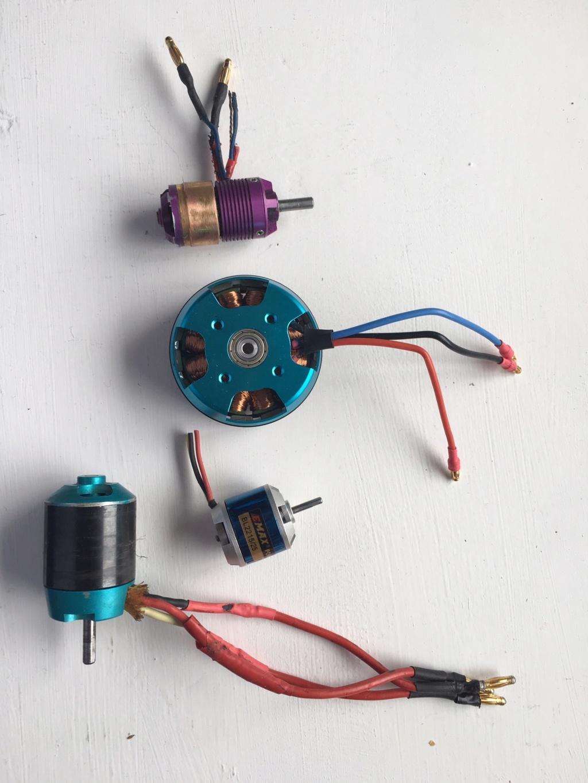 lot de moteurs électriques Img_9313