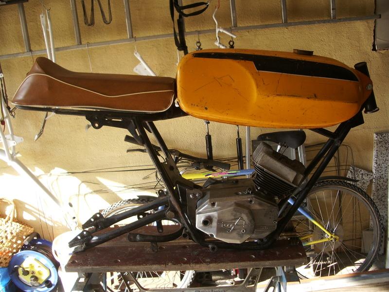 Documents sur Mondial 50cc Franco Morini. Imgp3310