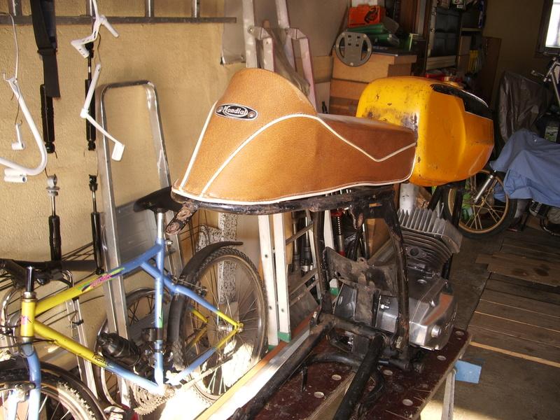 Documents sur Mondial 50cc Franco Morini. Imgp3312