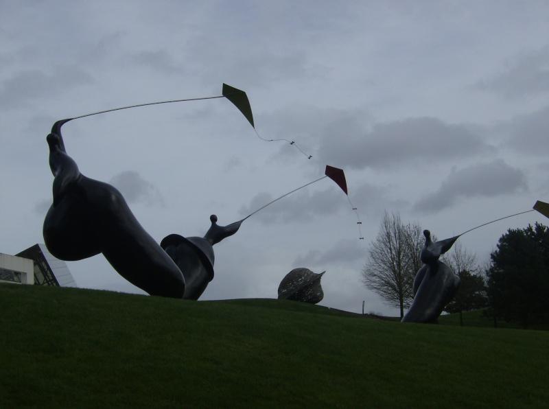 Les œuvres d'art, sculptures de Toutain, land art… - Page 5 Parc_d19