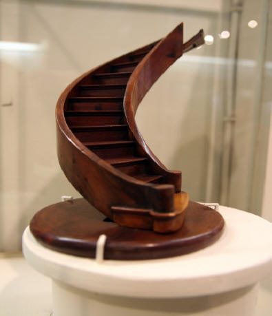 [Miracle] L'escalier de Santa-Fe de Notre Dame de Lorette (nouveau-mexique) Chef_o10