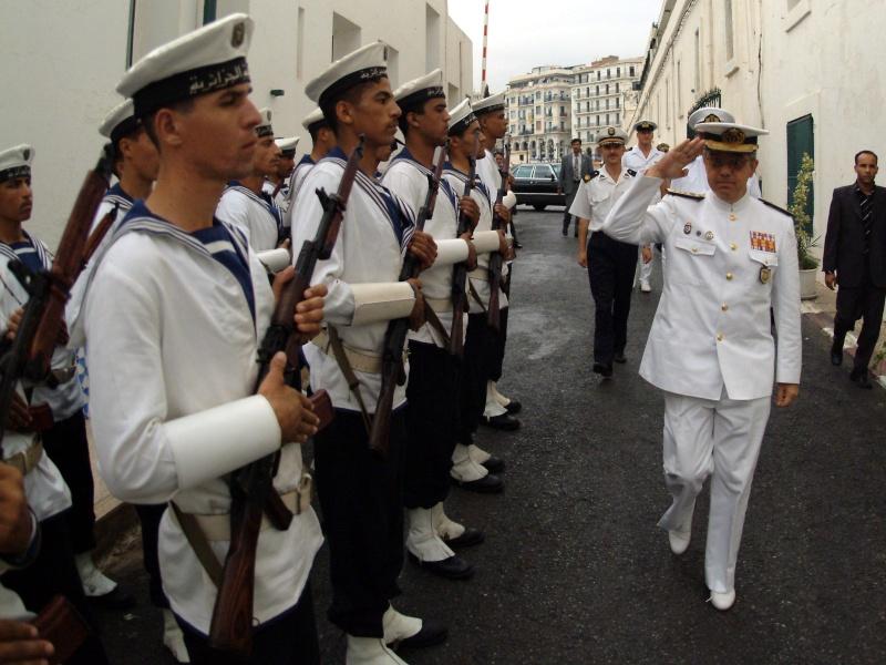 القوات البحرية الجزائرية - صفحة 2 Sailor10