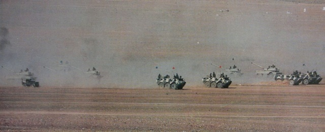 Chars et Blindées Marocains / Moroccan Tanks and Armoured Vehicles  Vab-vt11