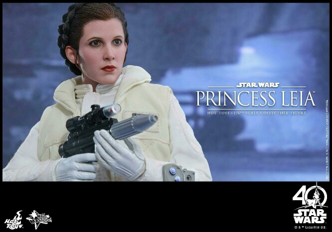 Star Wars: The ESB 1/6th scale Princess Leia Collectible Fig 14939017