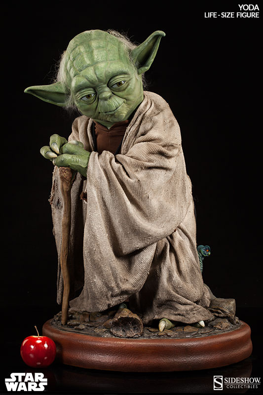 Sideshow Collectibles - Star Wars Yoda Life-Size Figure 42205910