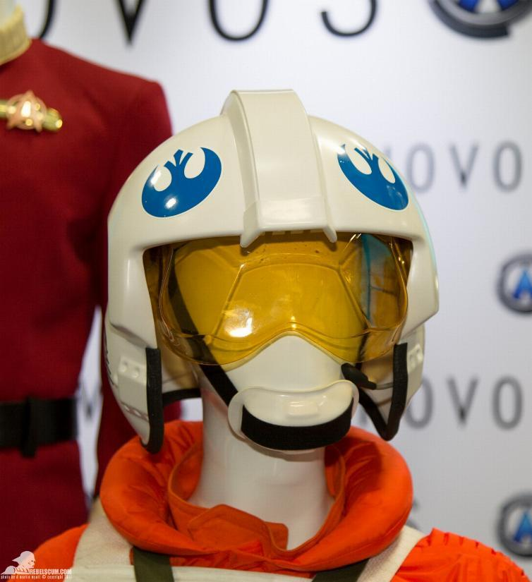 ANOVOS STAR WARS - Classic Trilogy X-Wing Pilot Ensemble Ano_xw11