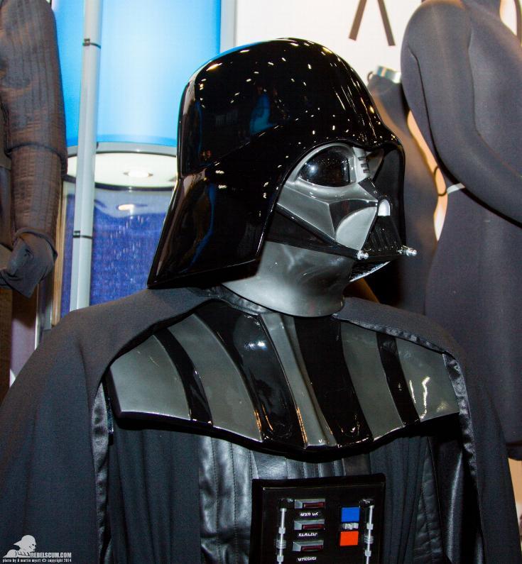 Anovos - Star Wars Darth Vader ESB costume replica Anovos12