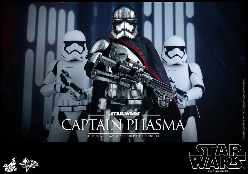 Hot Toys Star Wars TFA 1/6th scale Captain Phasma Cap_pl16