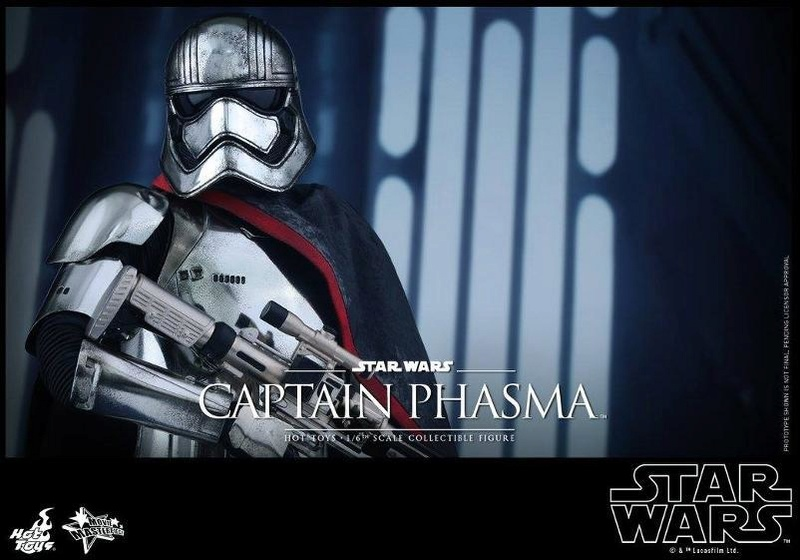 Hot Toys Star Wars TFA 1/6th scale Captain Phasma Cap_pl23