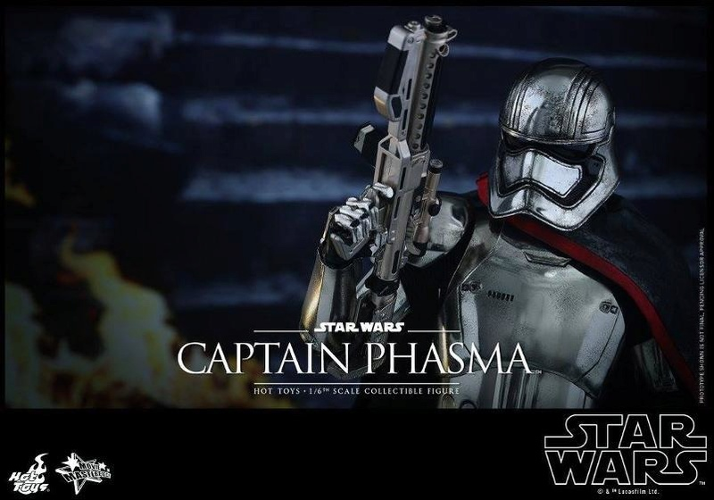 Hot Toys Star Wars TFA 1/6th scale Captain Phasma Cap_pl24